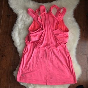 Lululemon coral top with built in mesh bra